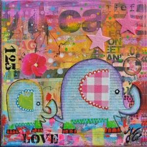 Kunst Geboortekaart roze graffiti paars geel krant love olifantjes mixed media schilderij acryl op doek www.janetedens.nl
