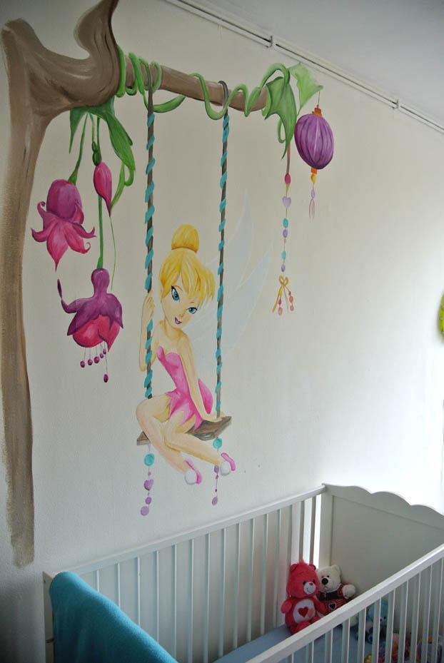 muurschildering tinkerbell meisjeskamer muurschildering laten maken voor bedrijf kinderkamer babykamer omgeving Groningen Drenthe Friesland Hoogeveen Janet Edens